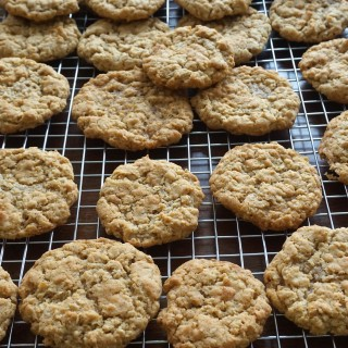 Maple Brown Sugar Oatmeal Cookies